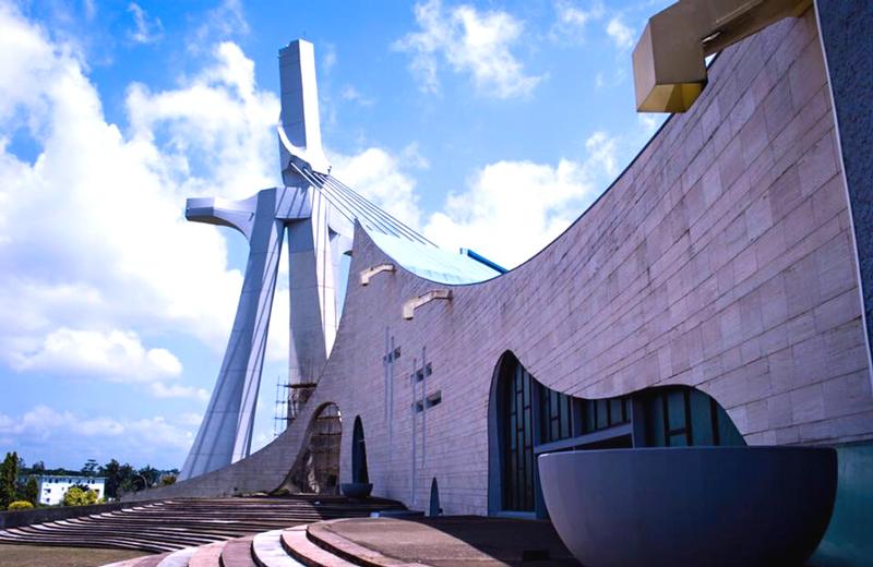 La cathédrale Saint Paul du Plateau, un emblème religieux de la ville