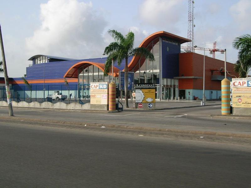 Le centre commercial Cap-Sud dans la commune de Marcory