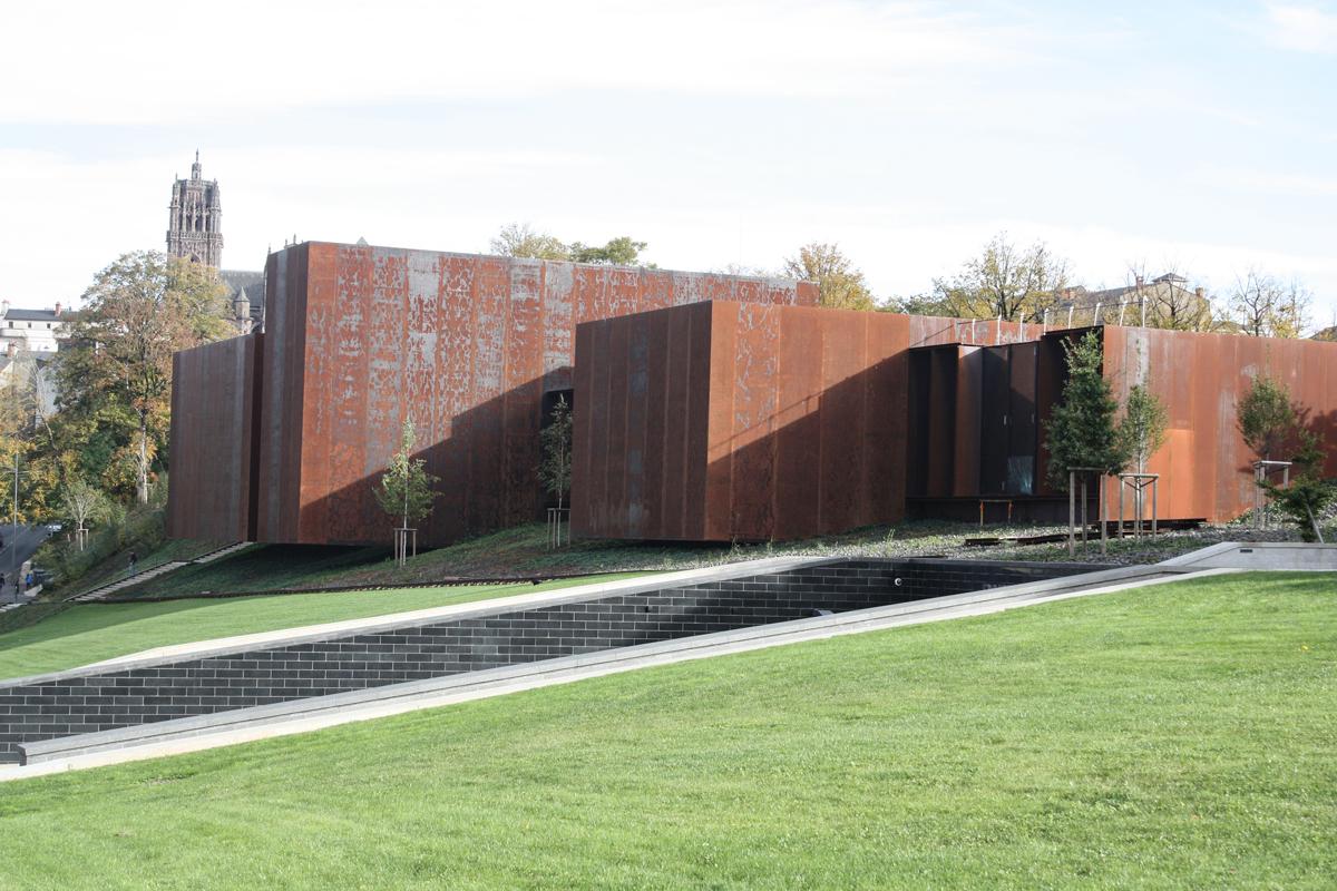 Rodez Le Mus E Soulages Une Harmonie Entre Architecture